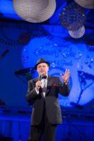 Sinatra Swings Again